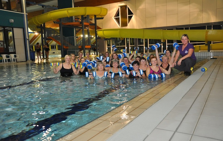 Aquastart centre d 39 aquagym mouscron for Piscine dauphin mouscron